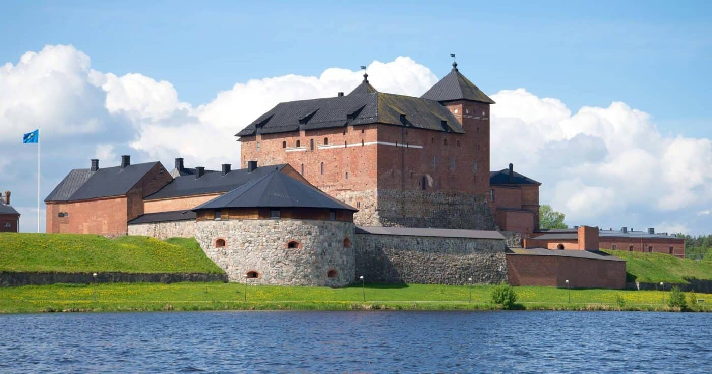 castles in finland featured