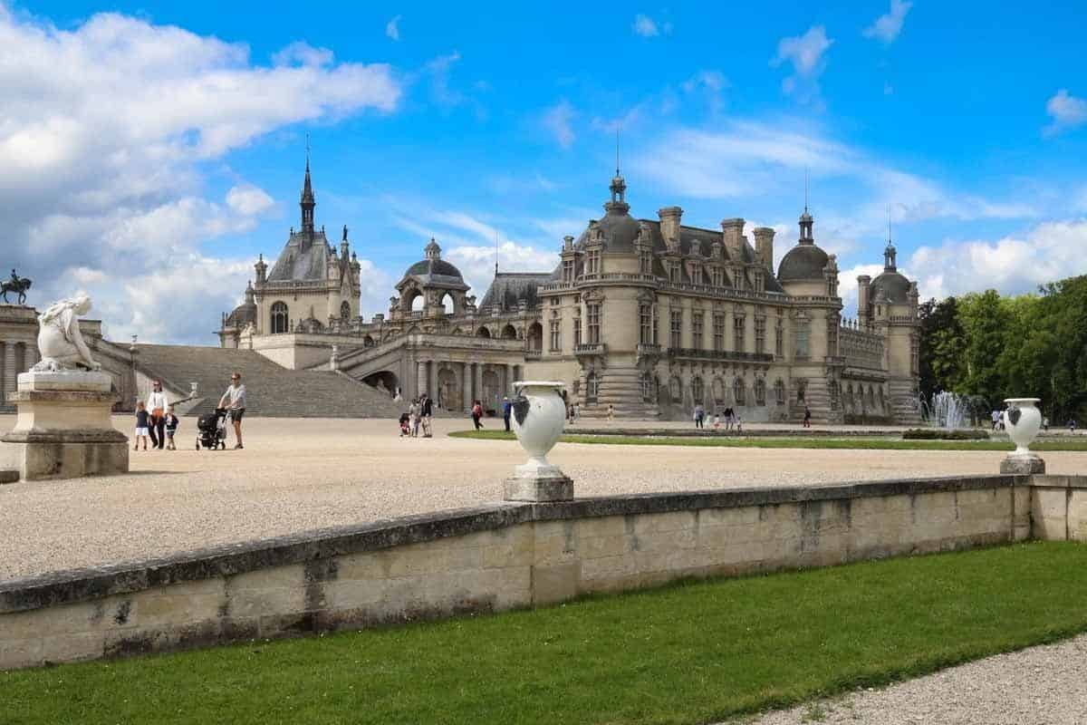 castles in france chateau de chantilly