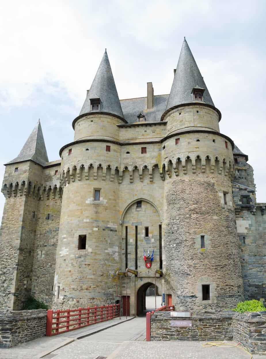 castles in france chateau de vitre