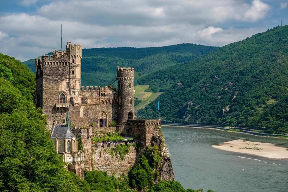 castles in germany burg rheinstein