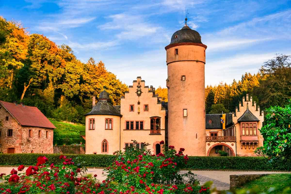 castles in germany mespelbrunn castle