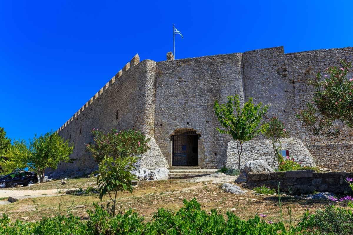 castles in greece chlemoutsi castle