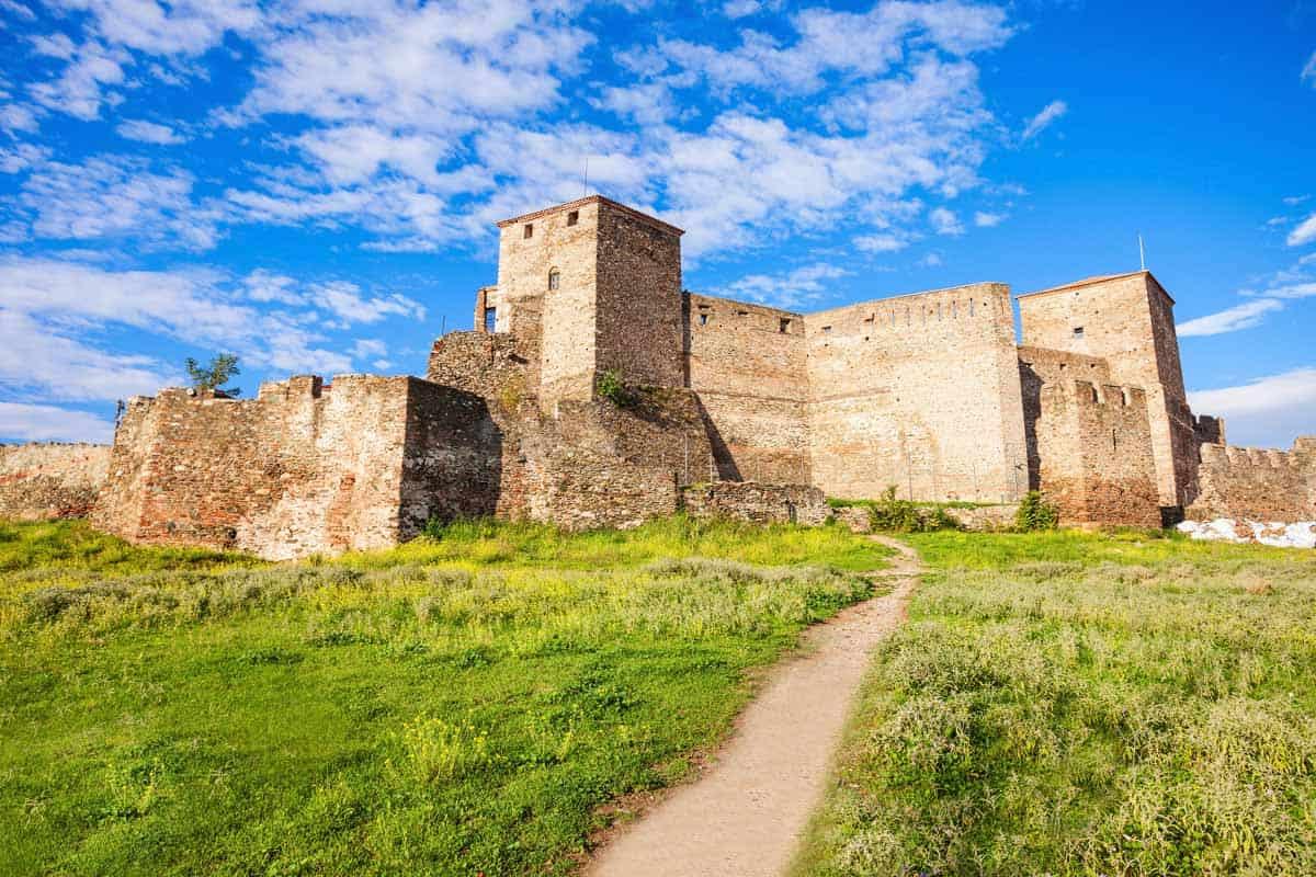 castles in greece eptapyrgio