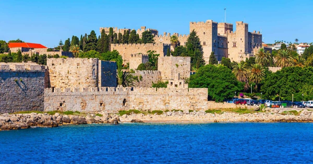 castles in greece featured