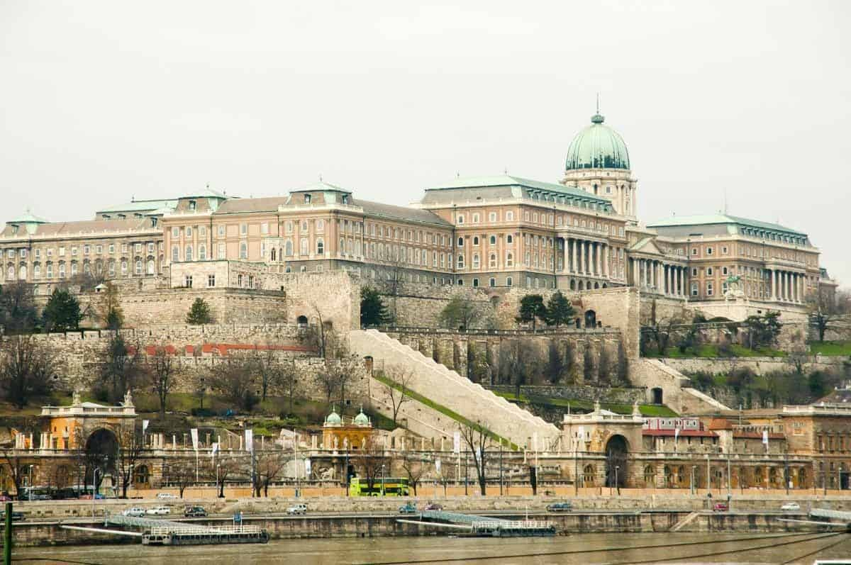 castles in hungary buda castle