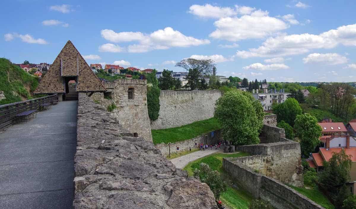 castles in hungary eger castle