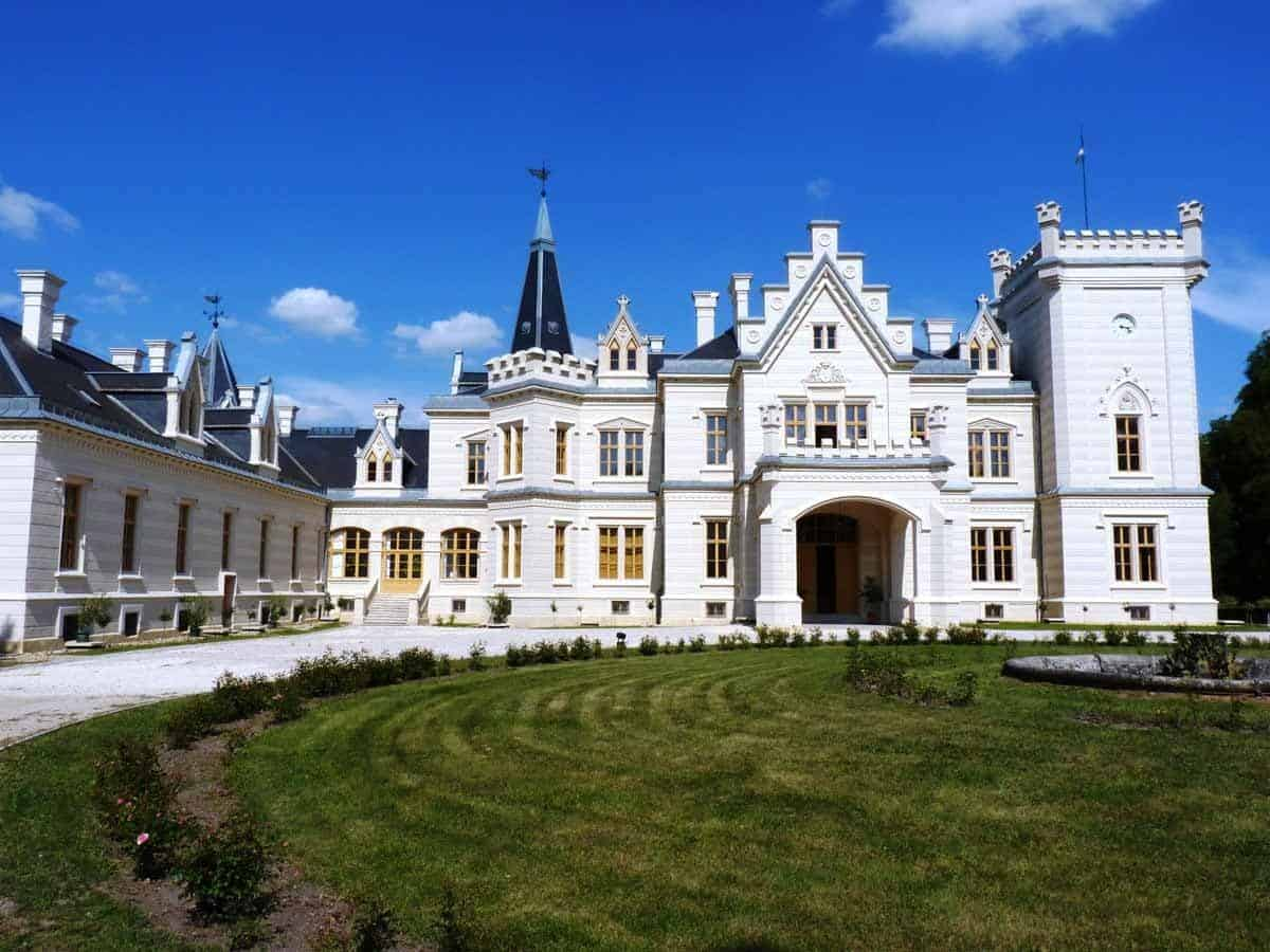 castles in hungary nadasdy mansion