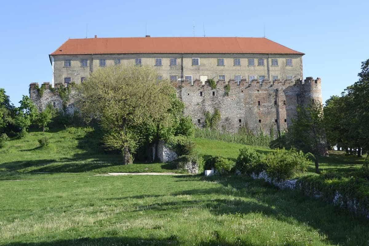 castles in hungary siklos castle