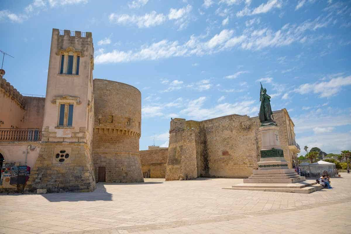 castles in italy aragonese castle of otranto