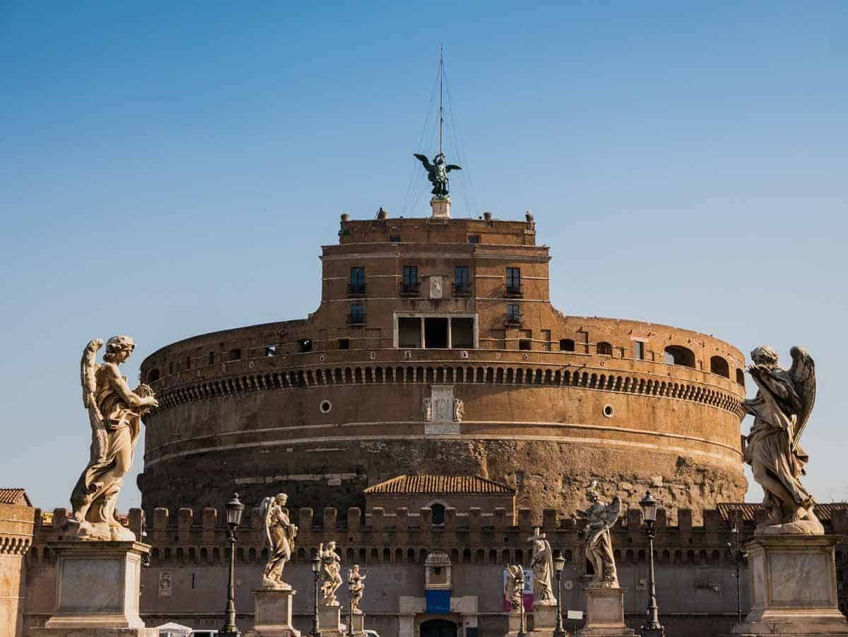 castles in italy castel sant angelo