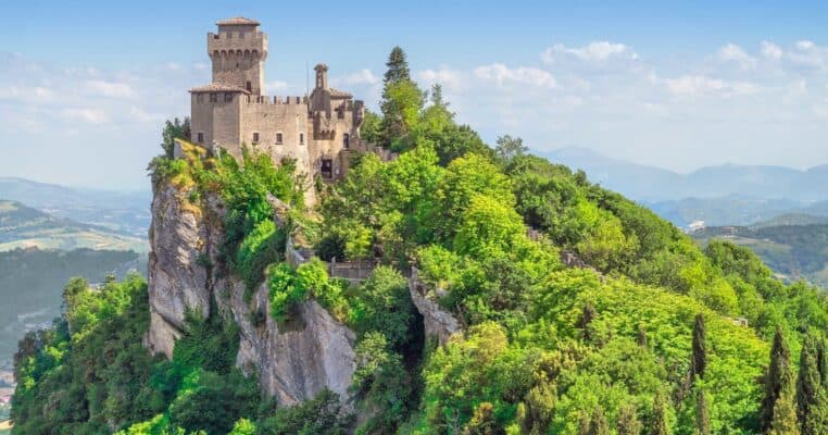 castles in italy featured