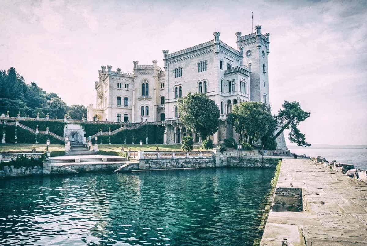 castles in italy miramare castle