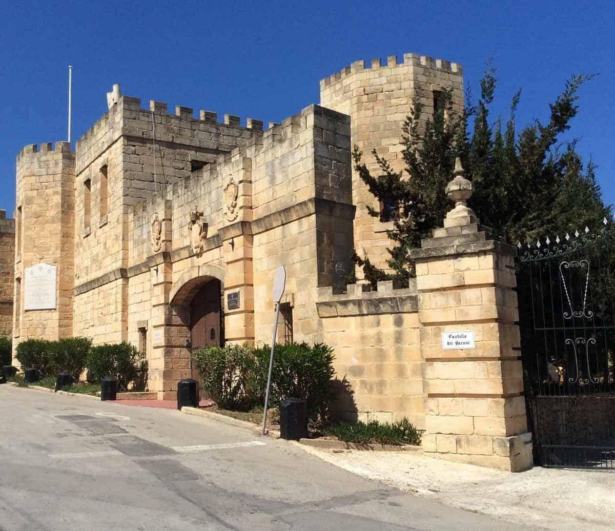 castles in malta castello dei baroni