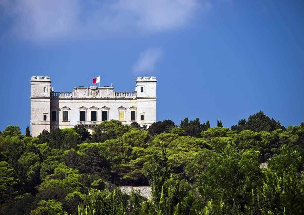 castles in malta verdala palace