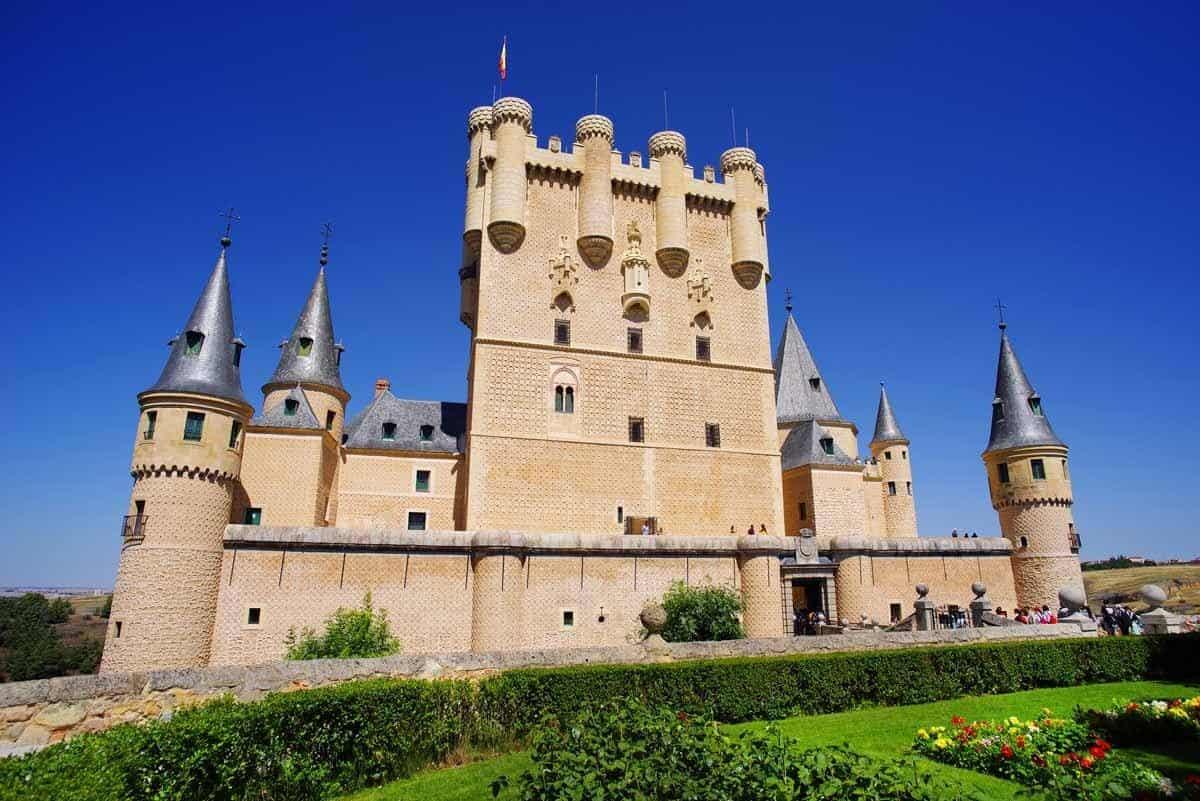 most beautiful castles in spain alcazar of segovia