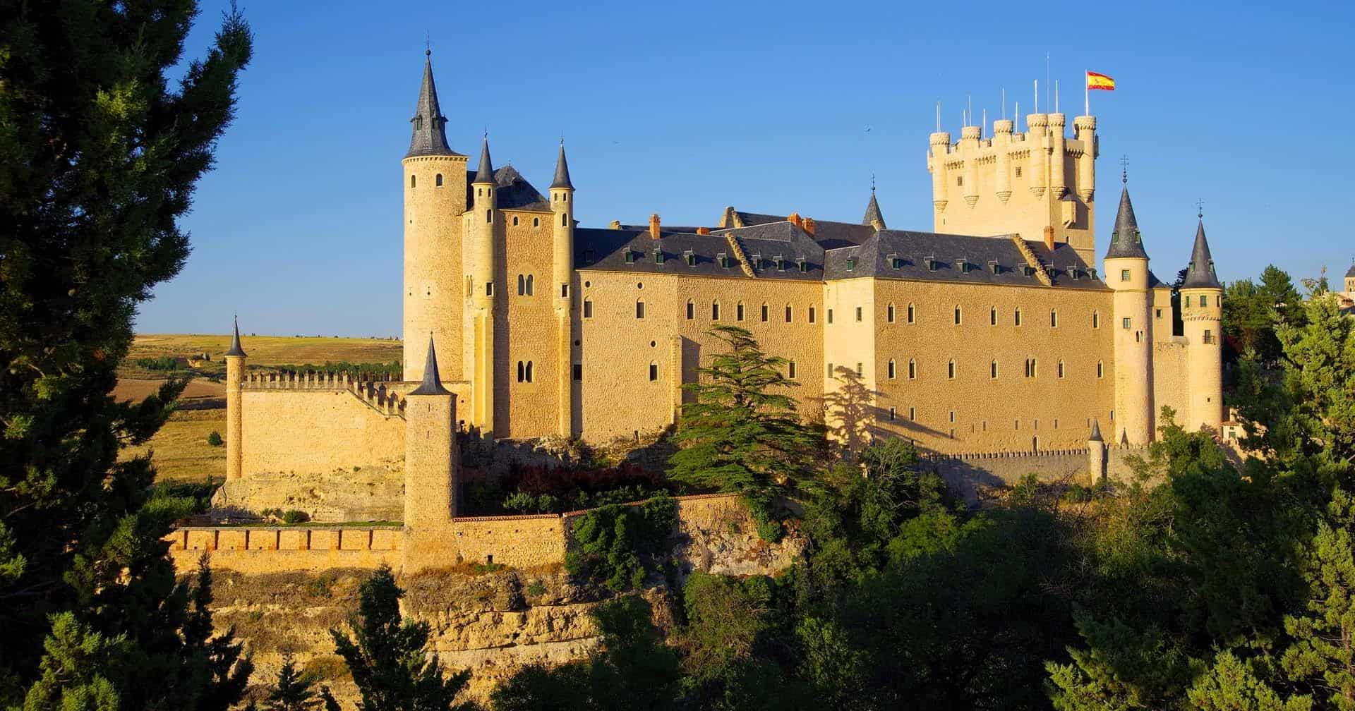 most beautiful castles in spain featured