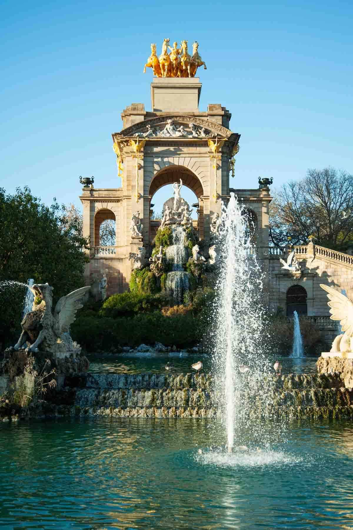 famous buildings in barcelona gaudi buildings and architecture cascada fountain park de la ciutadella