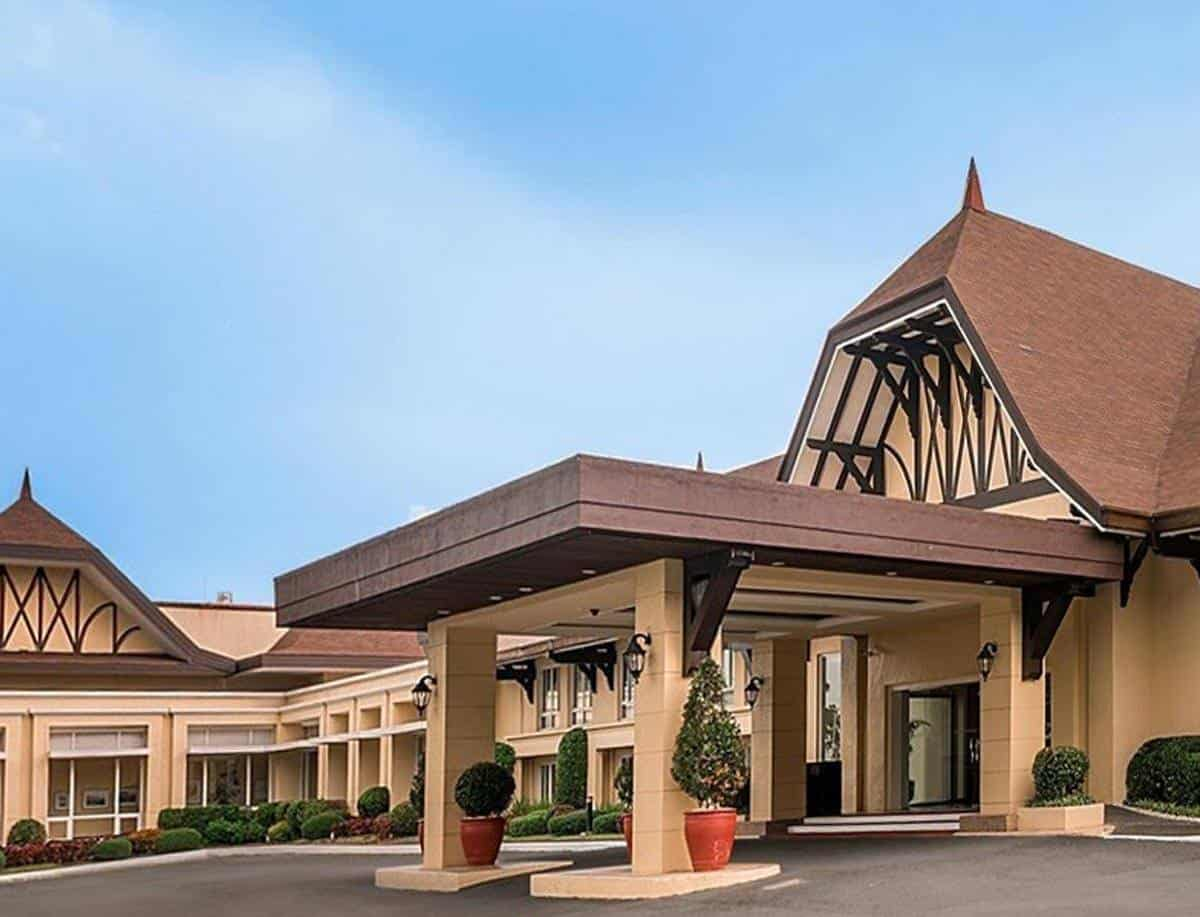 top tourist attractions in tagaytay the philippines taal vista hotel