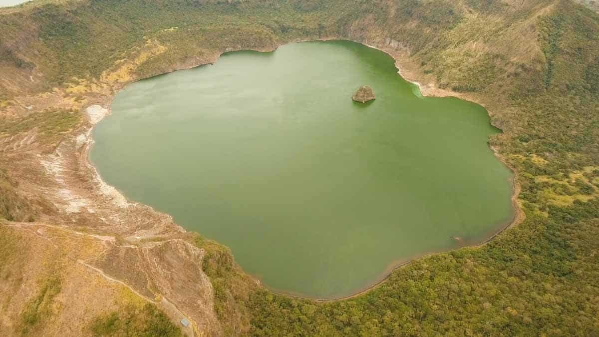 top tourist attractions in tagaytay the philippines taal volcano