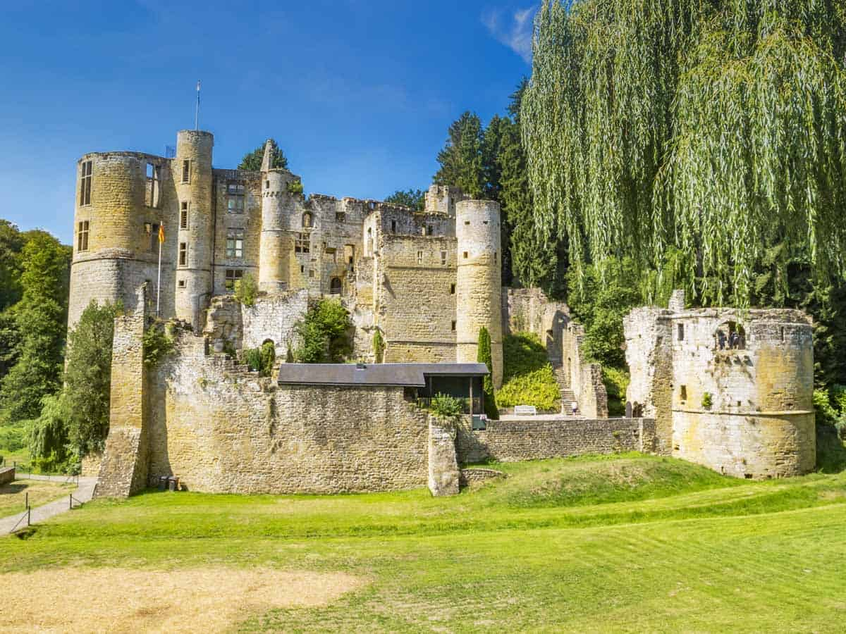 castles in luxembourg beaufort castle