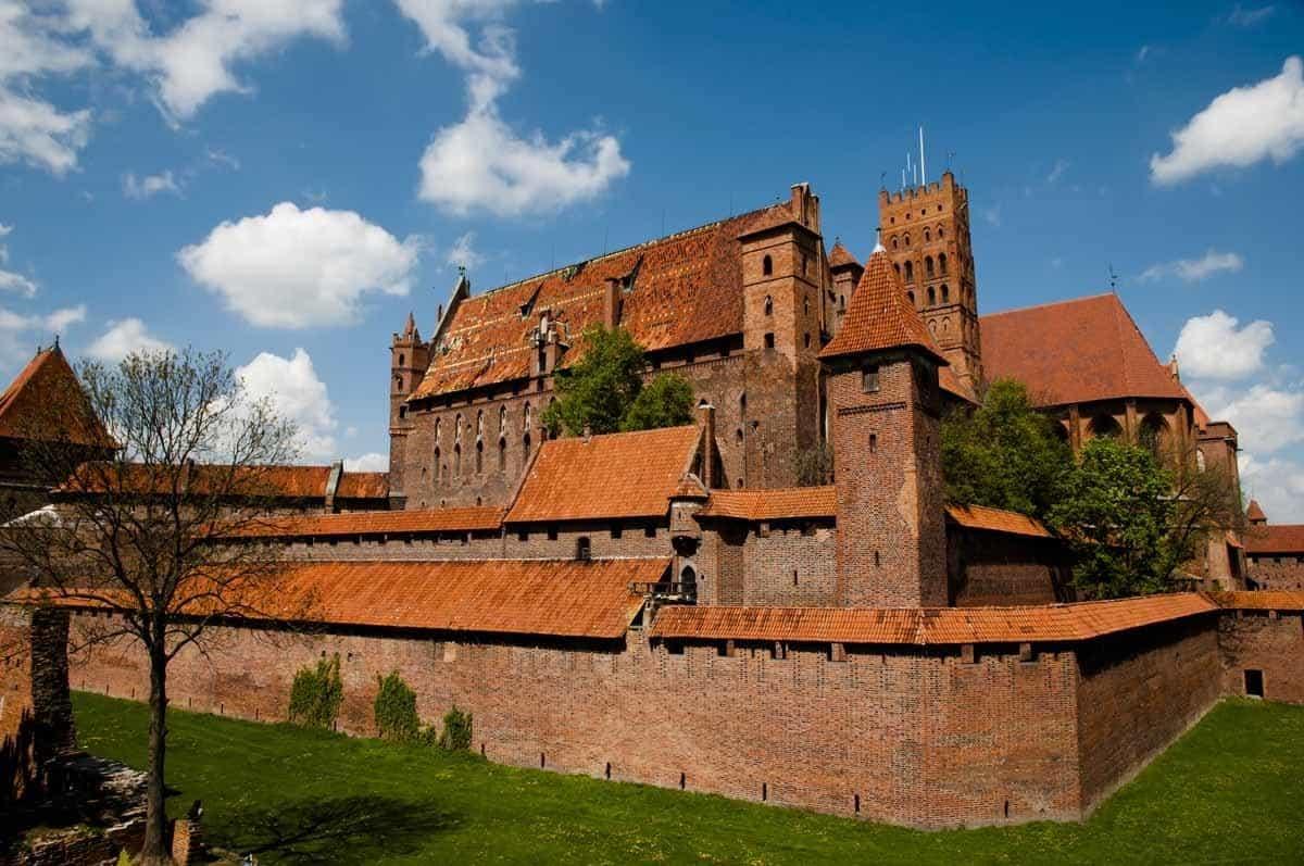 castles in poland malbork castle