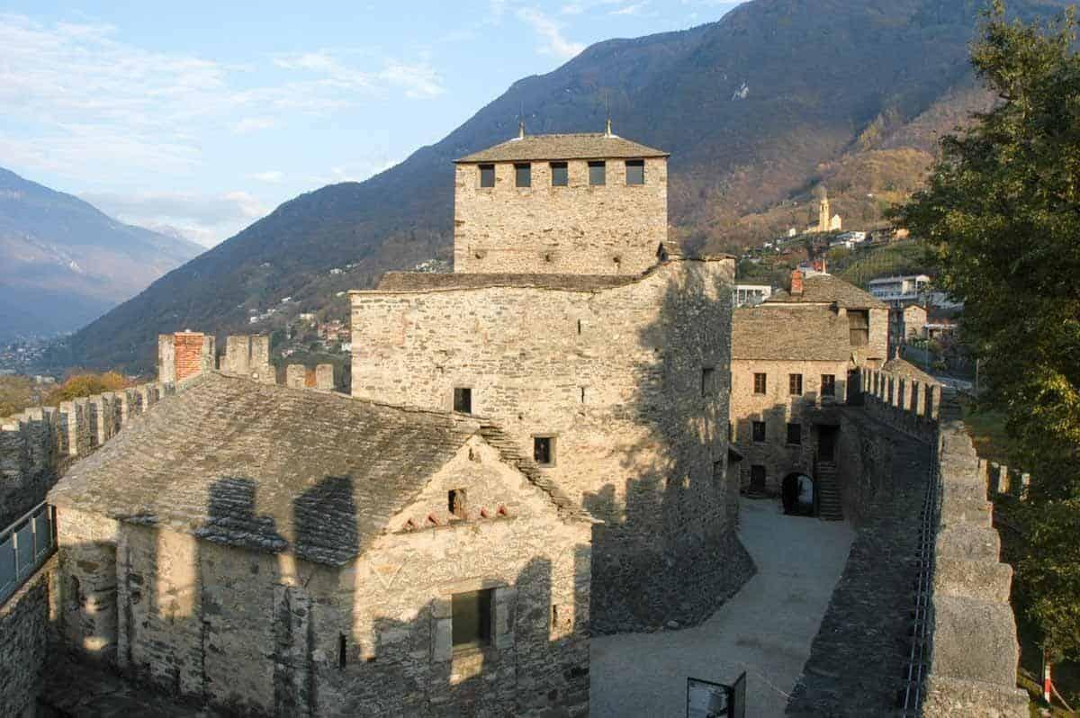 castles in switzerland castles of bellinzona montebello