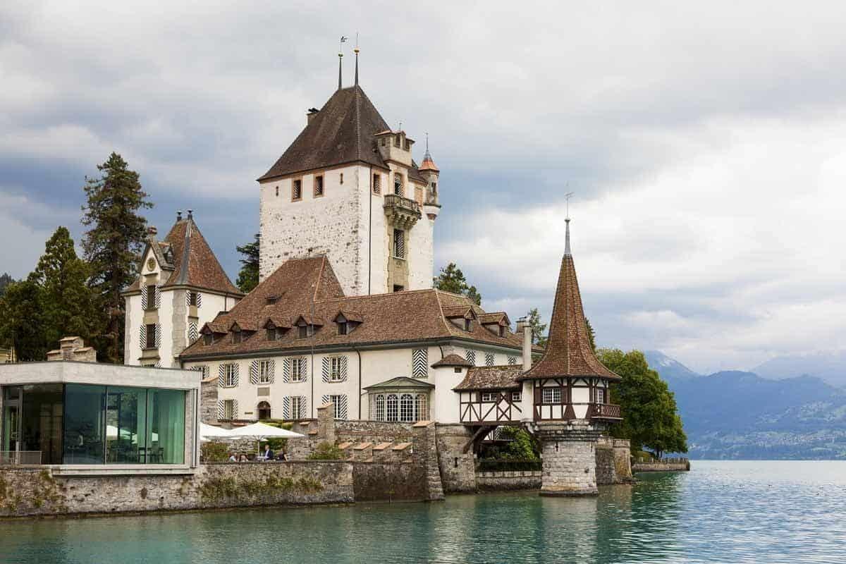 castles in switzerland oberhofen castle