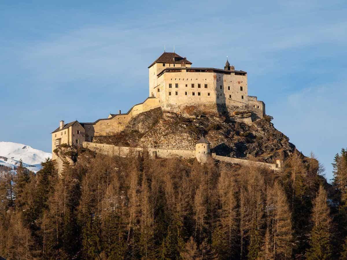 castles in switzerland tarasp castle