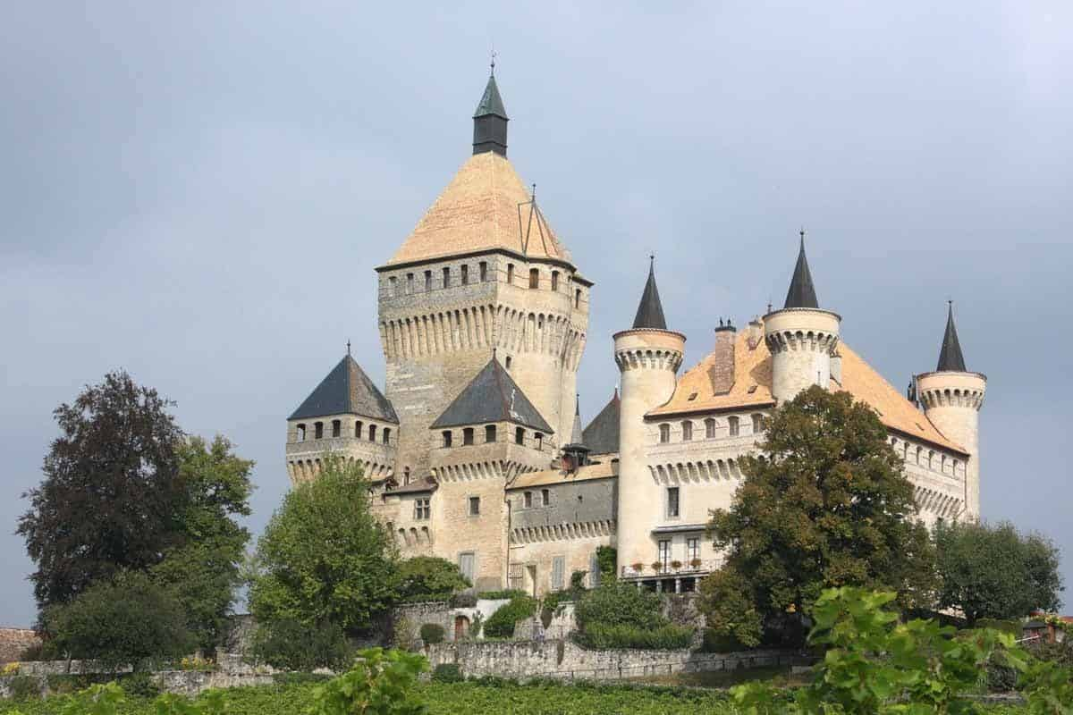 castles in switzerland vufflens castle