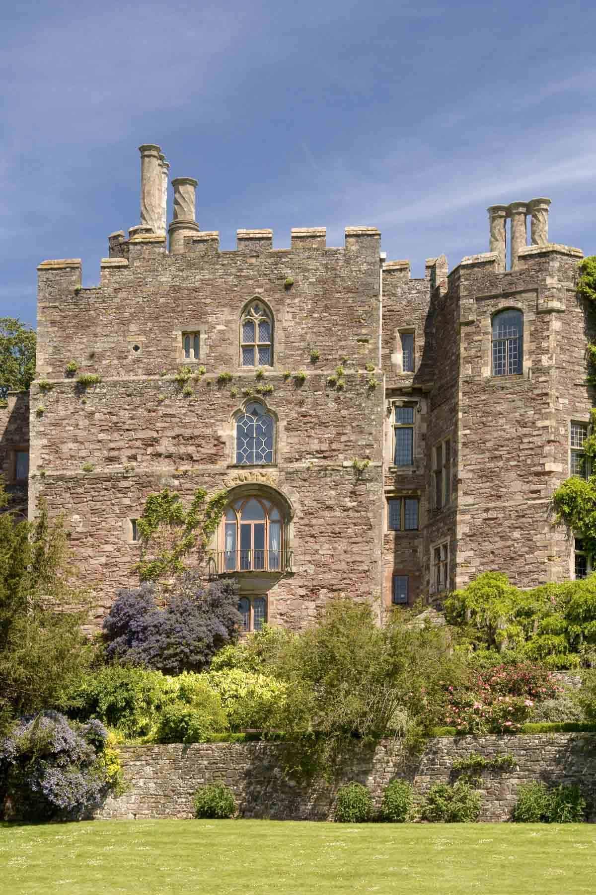 castles in the united kingdom berkeley castle
