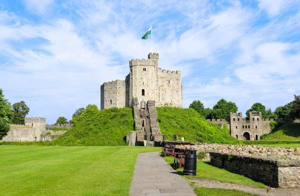 castles in the united kingdom cardiff castle