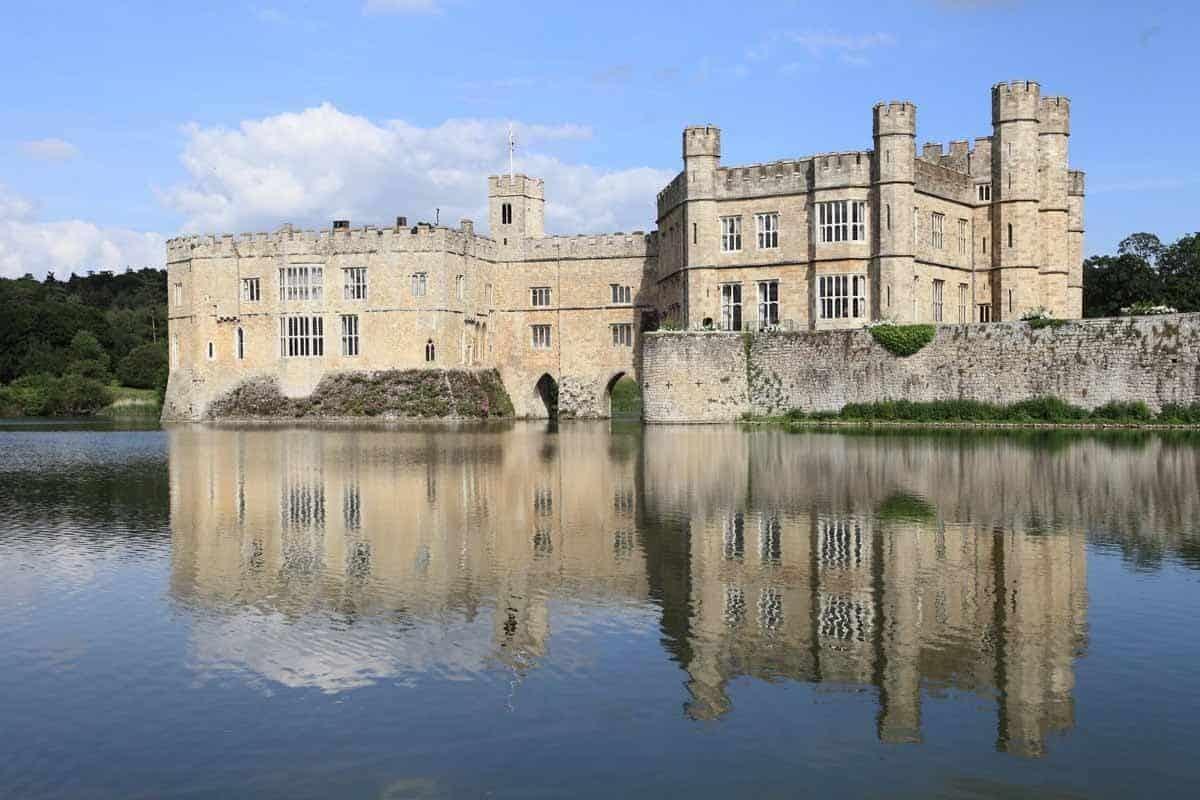 castles in the united kingdom leeds castle england