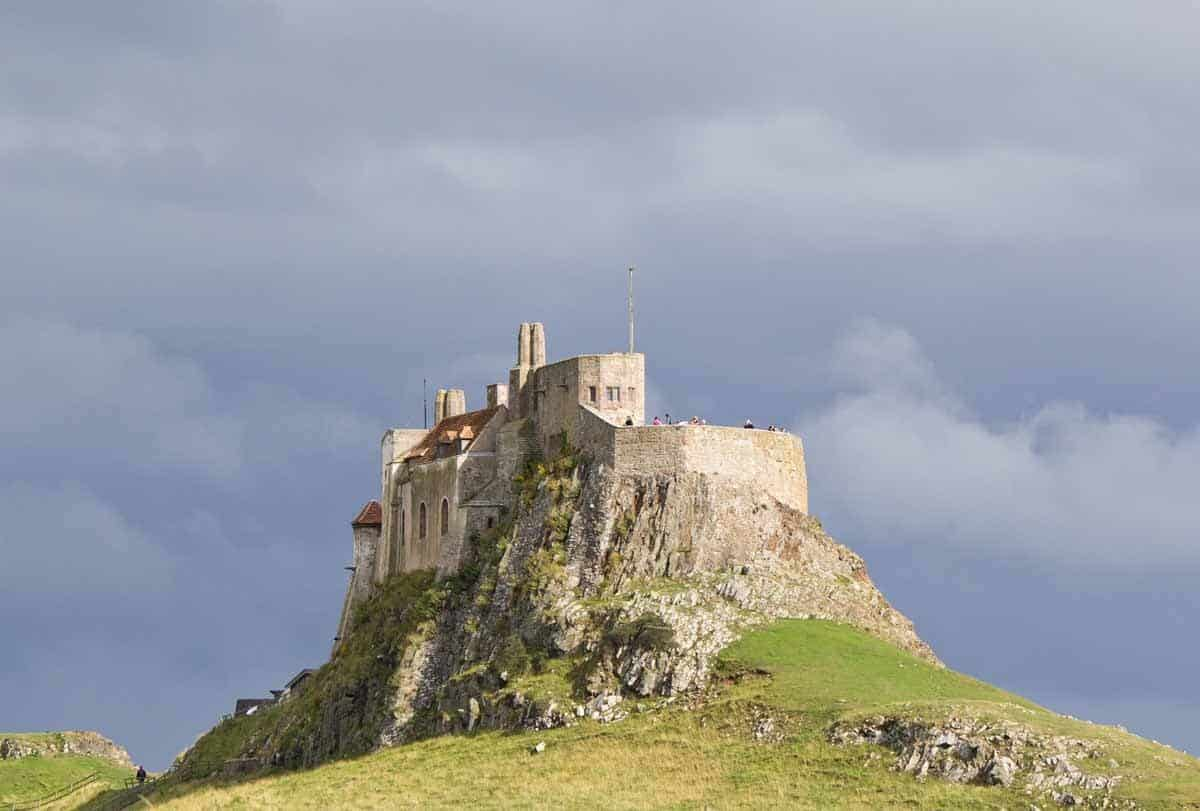 castles in the united kingdom lindisfarne castle