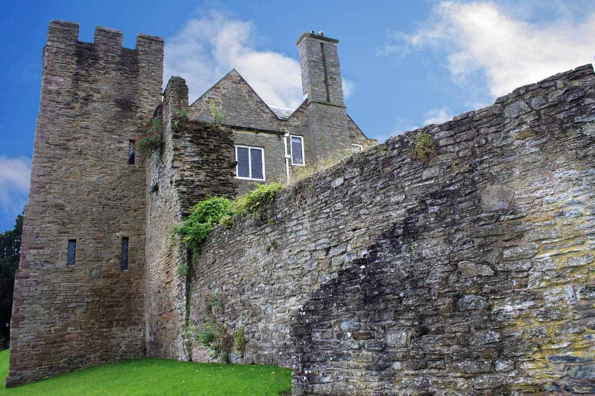 castles in the united kingdom ludlow castle
