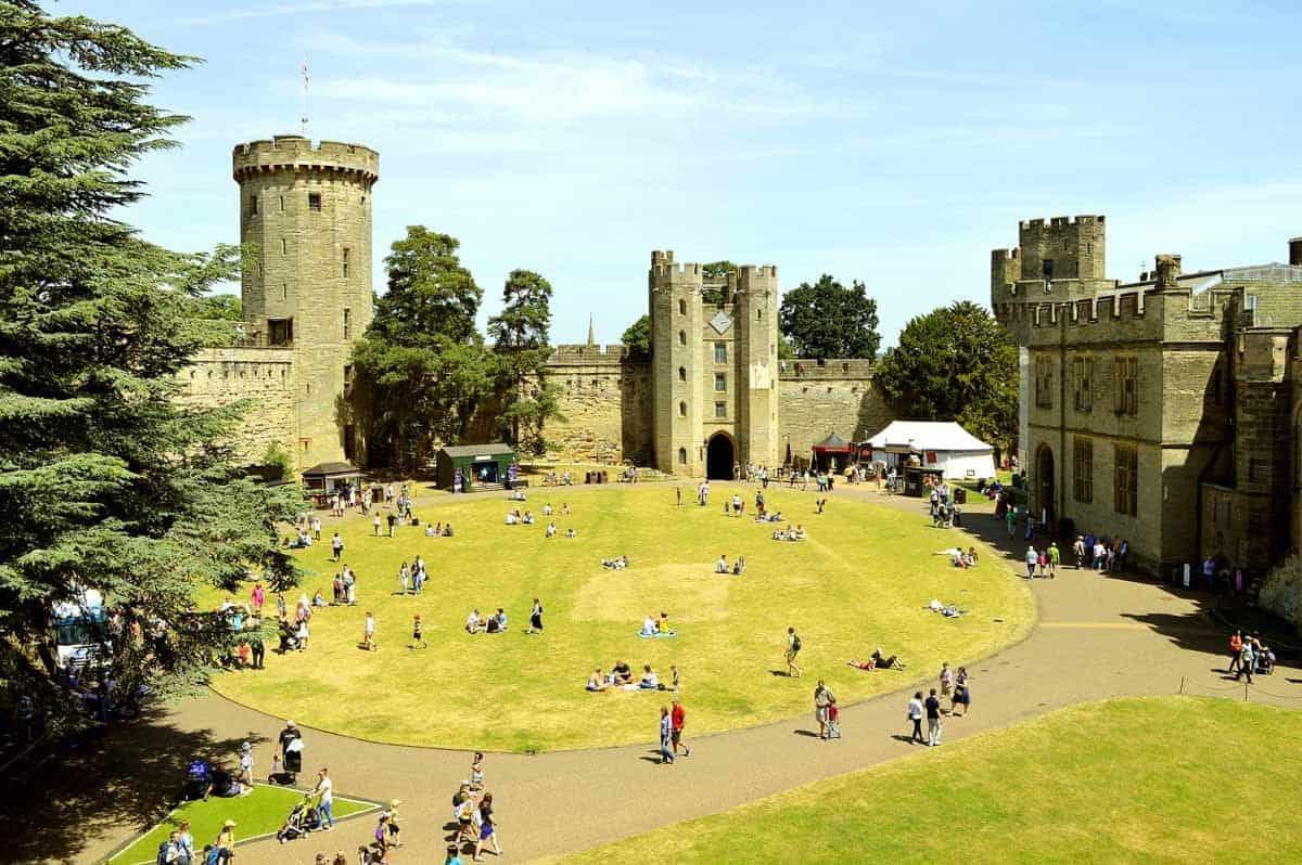 castles in the united kingdom warwick castle warwickshire