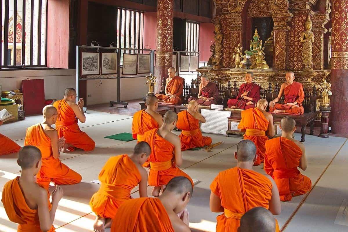 Monks in Wat Phra Singh Chiang Mai