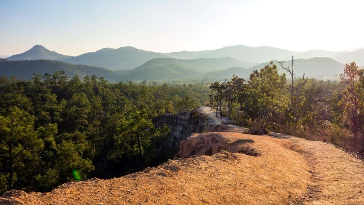 Hike the Pai Canyon