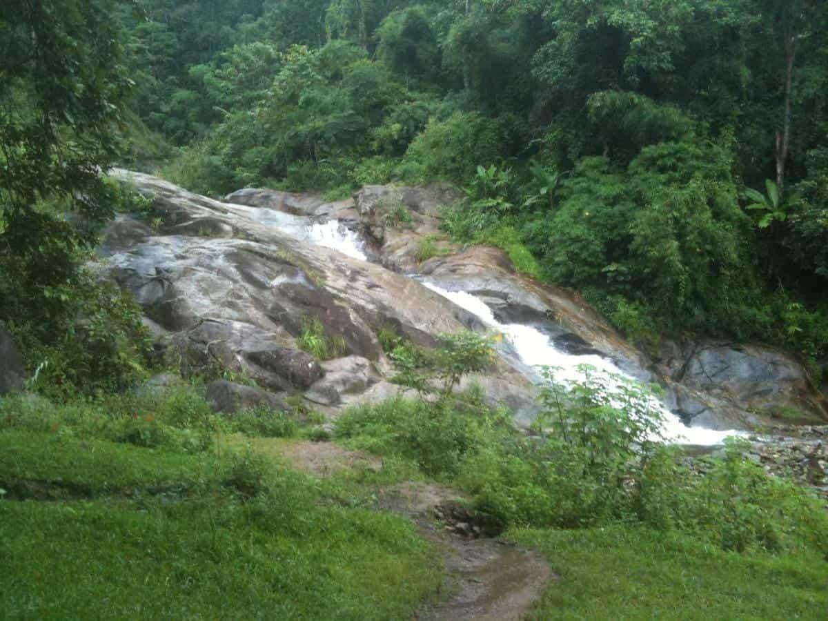 Mo Paeng waterfall Pai Thailand