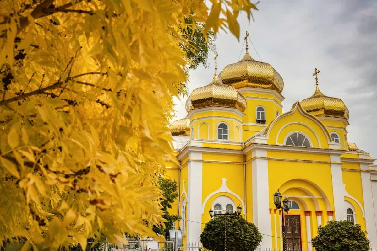 Places to visit in Moldova Comrat