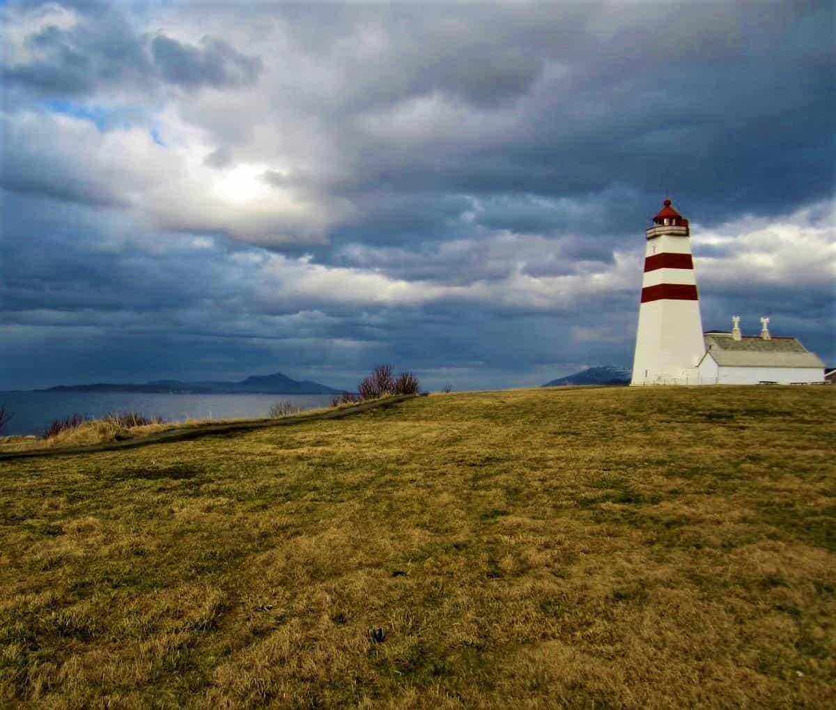 Ålesund Alnes Lighthouse in Godøy