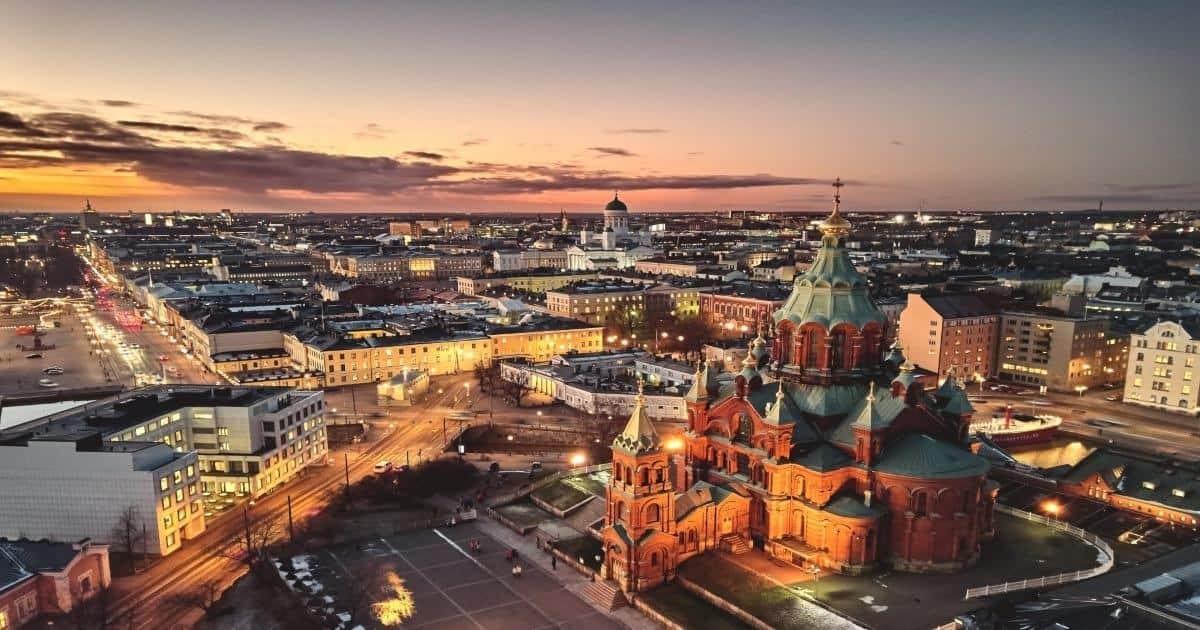 Presidential Palace and Uspenski Cathedral, Helsinki Finland schema