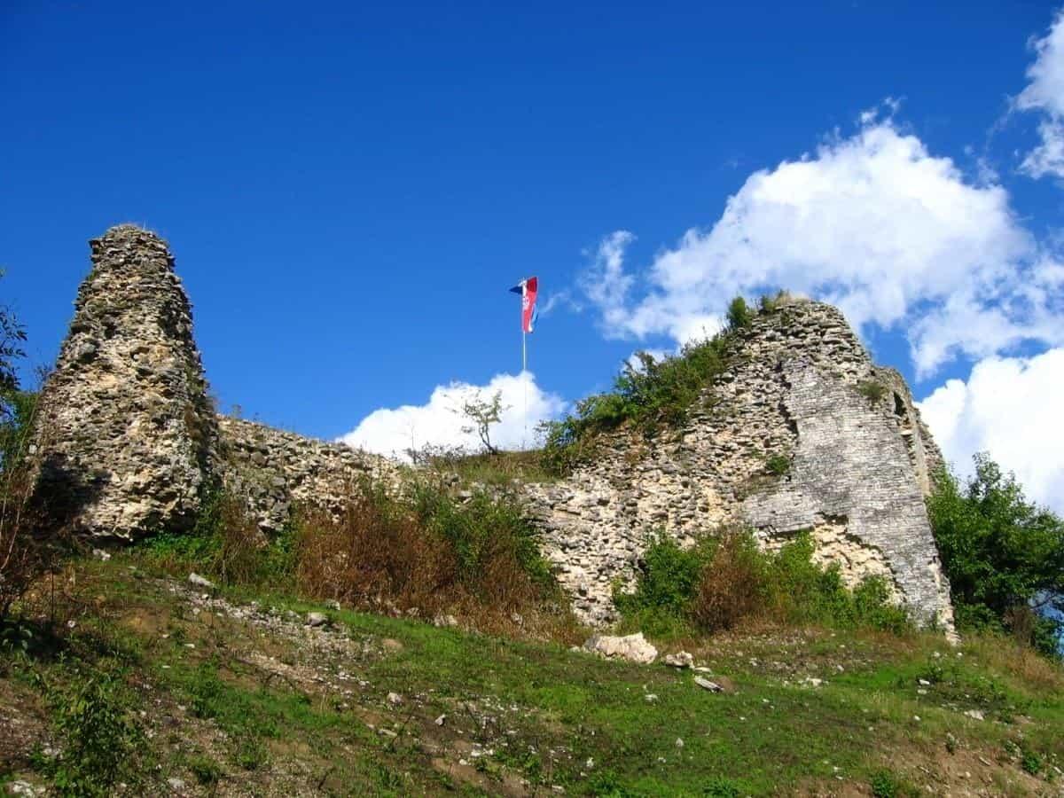 Cetin Castle