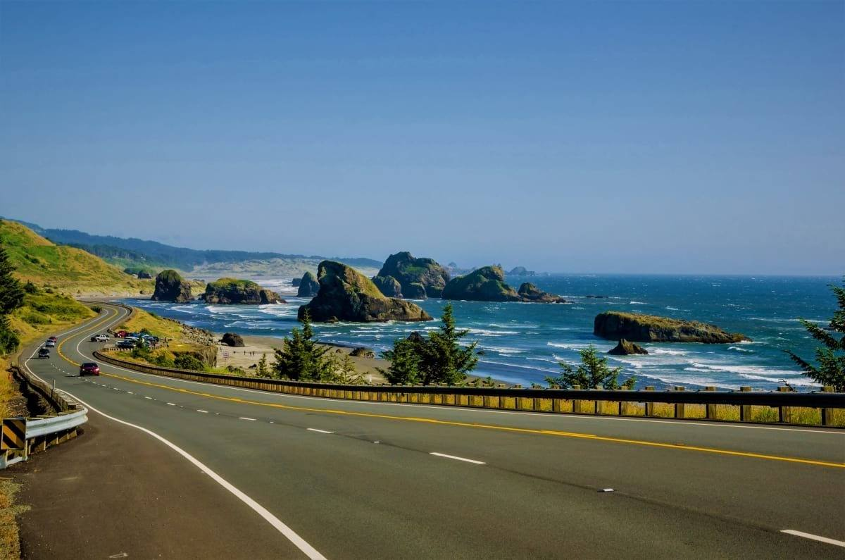 Winding Road along the Spectacular Oregon Coast