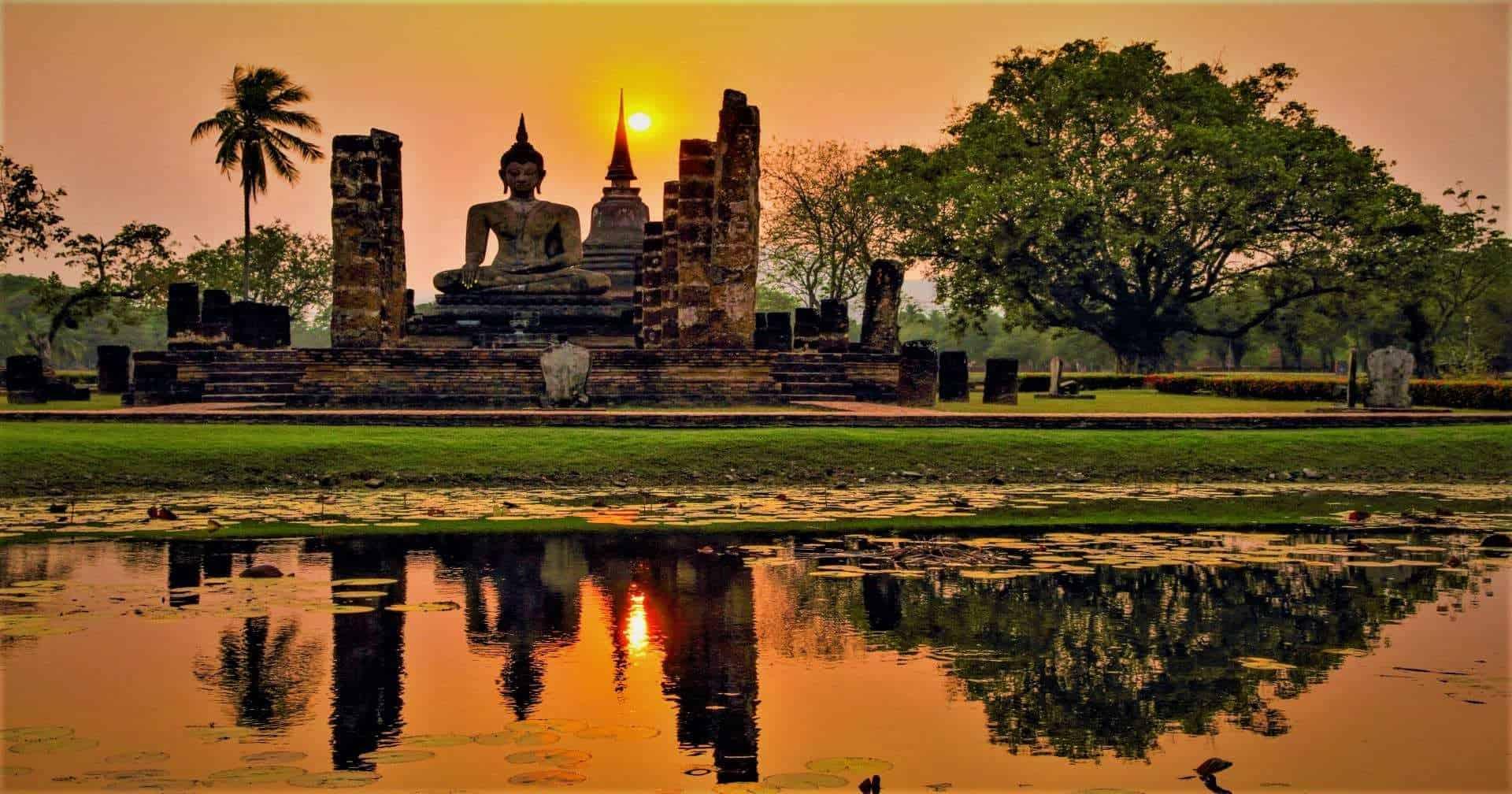 Wat Traphang Ngoen Temple Sukhothai Thailand