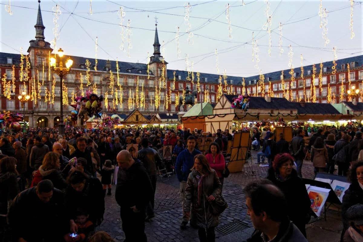 Mercado navideño Plaza Mayor Spain