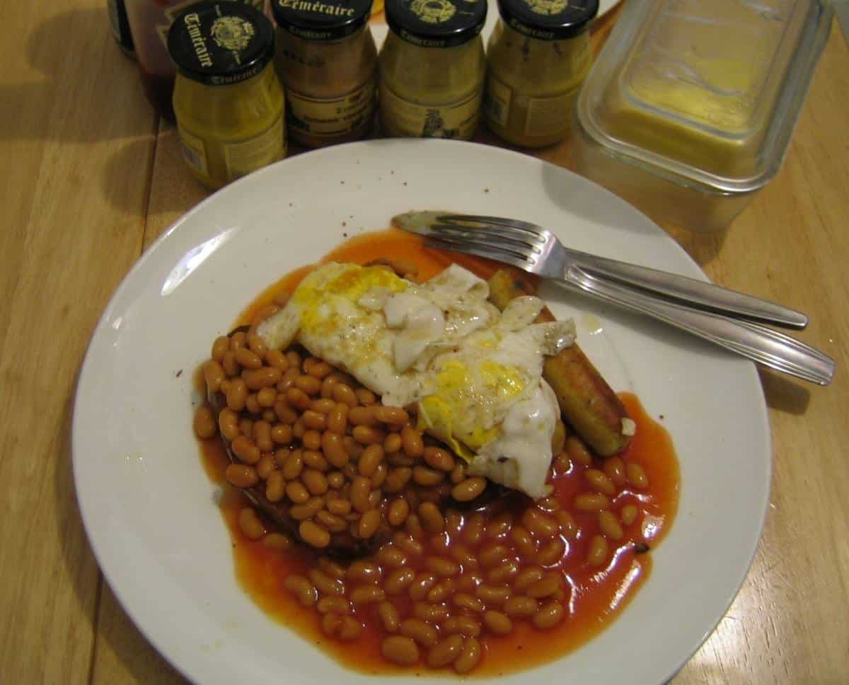 Fried eggs and canned beans