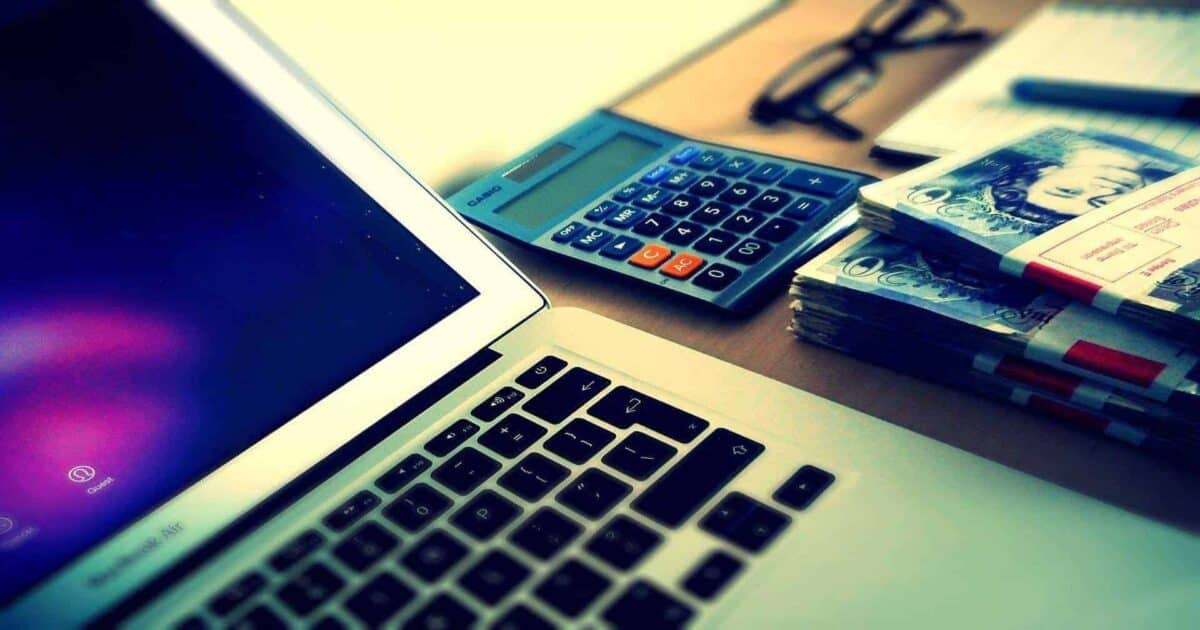 How to Earn Remotely and Avoid Going Broke