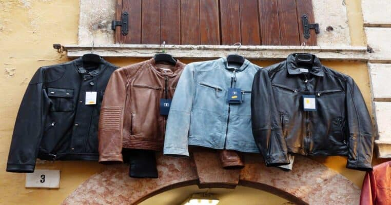 Top 10 Best Jackets with Inside Pockets for Men and Women