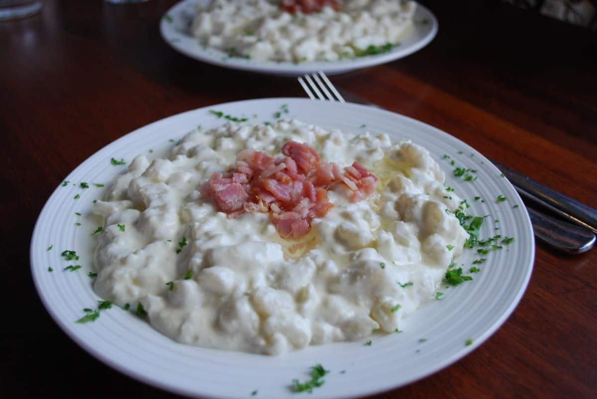 slovac cuisine Bryndzové halušky