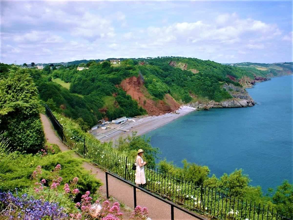 Places to Visit in the Riviera: Oddicombe Beach, Devon, from Babbacombe Downs
